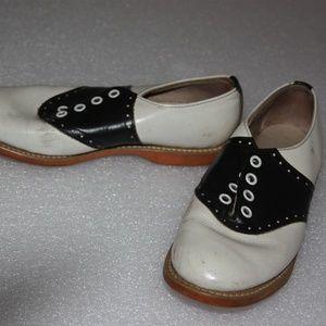 saddle shoes vintage